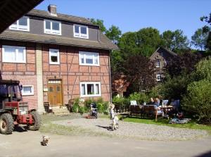 Bild: Ferienhof Schmiddes, Fewo Waschbärenhöhle