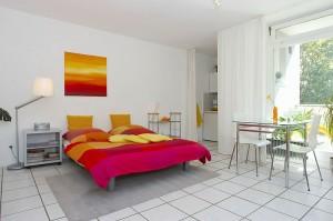 Bild: Zentral! Niedliches 1-Zi.-Apartment (34 qm) - English text below